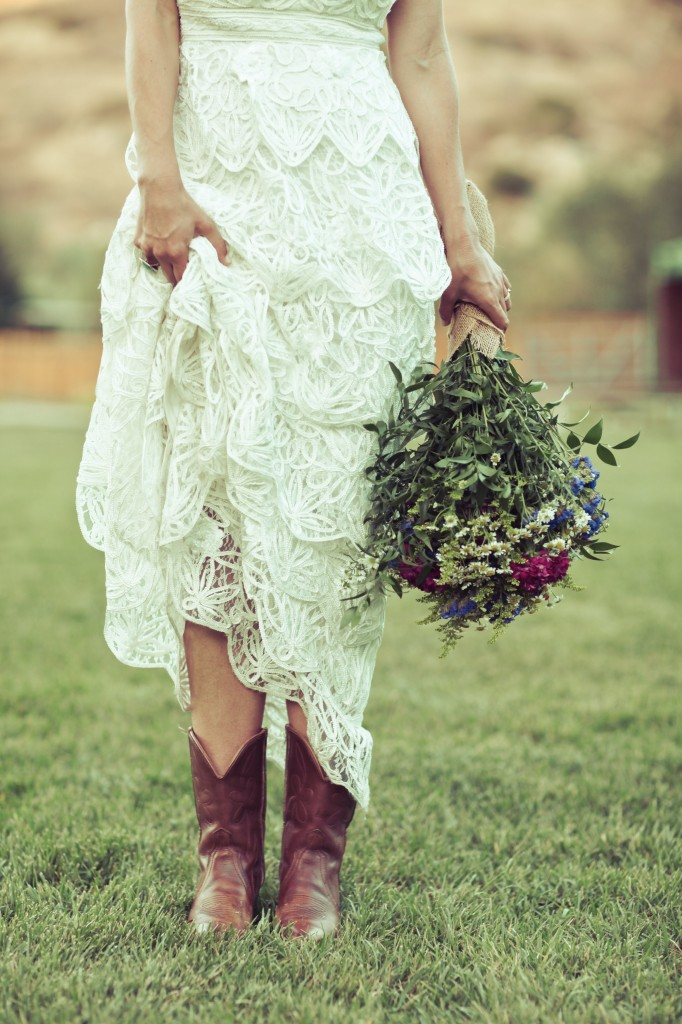 Bride in cowboy boots events by design blog for Western wedding dresses with boots